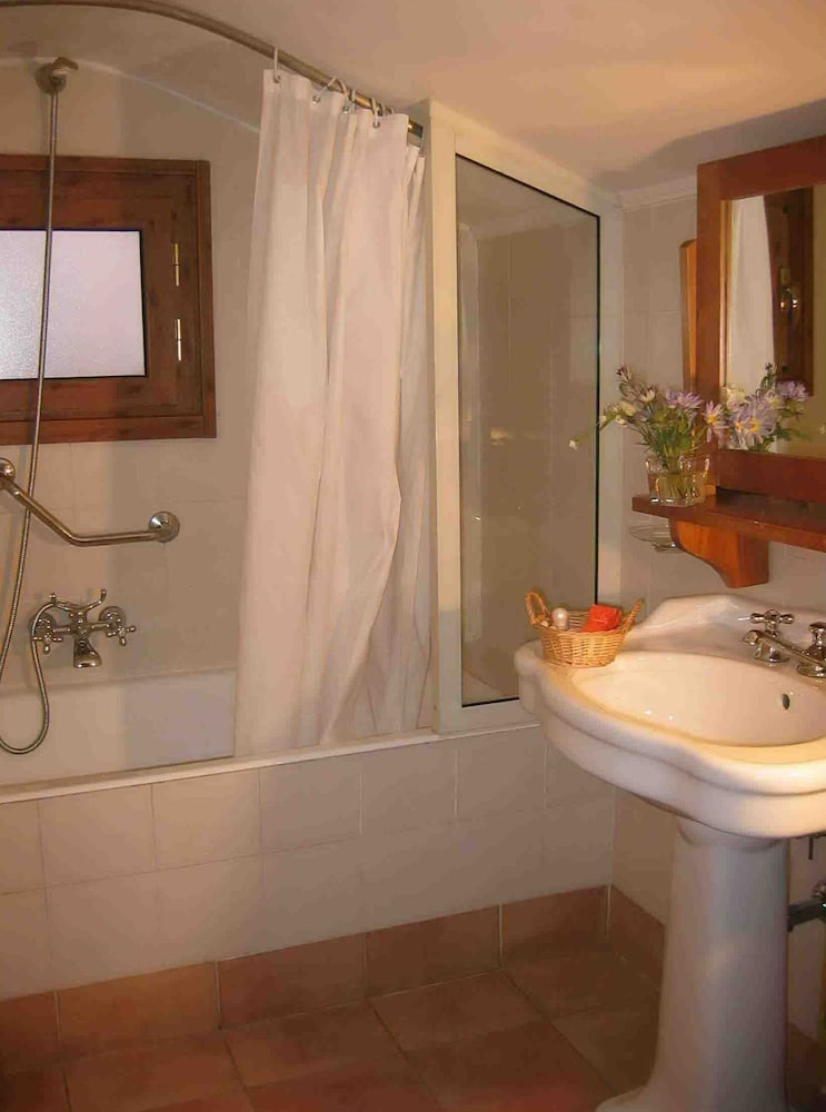 Bathroom, Hotel Santa Maria