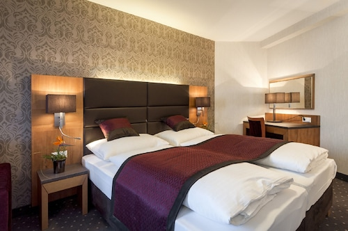 3bcdaae5d Absdorf Accommodation - Top Absdorf Hotels 2019 | Wotif