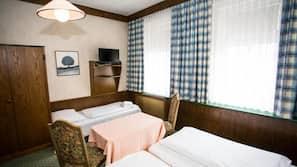 Frette Italian sheets, in-room safe, desk, iron/ironing board