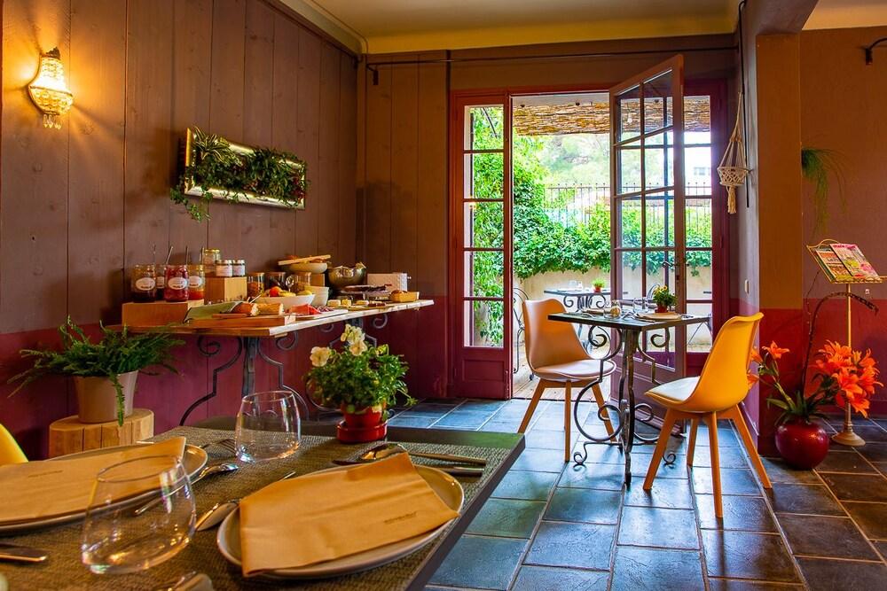 Hotel Sous Les Figuiers St Remy De Provence