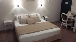 Select Comfort beds, desk, soundproofing, free WiFi