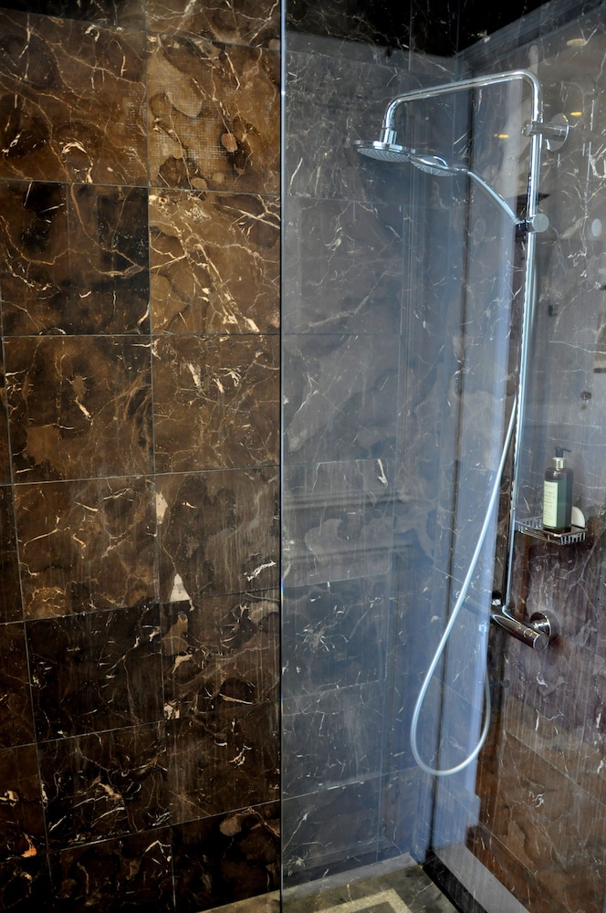 Bathroom Shower, Casa Miradouro