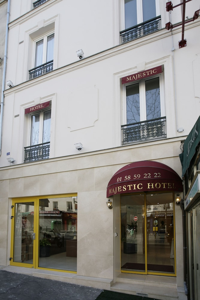 Book 121 paris hotel paris hotel deals for Seven hotel paris booking