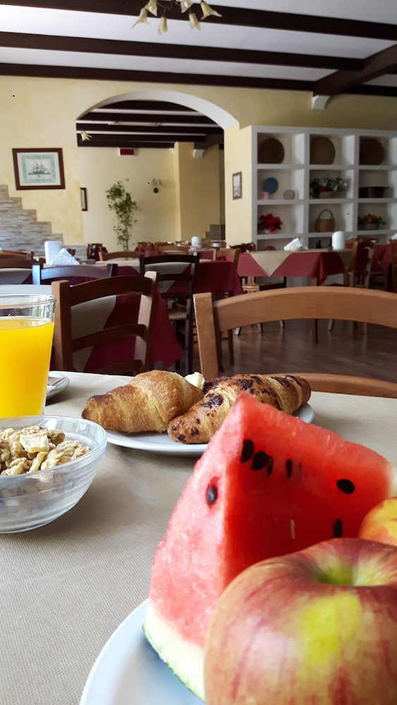 Food and Drink, Alghero Vacanze Hotel