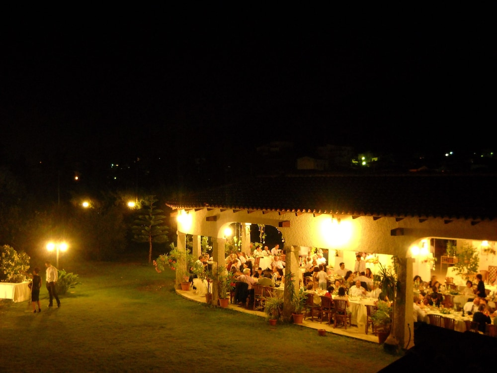 Outdoor Dining, Hotel Domu Incantada