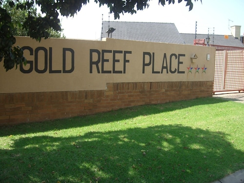 Gold Reef Place