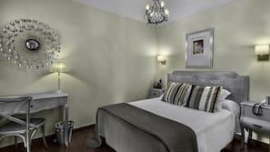 20 Schlafzimmer, Zimmersafe, individuell dekoriert
