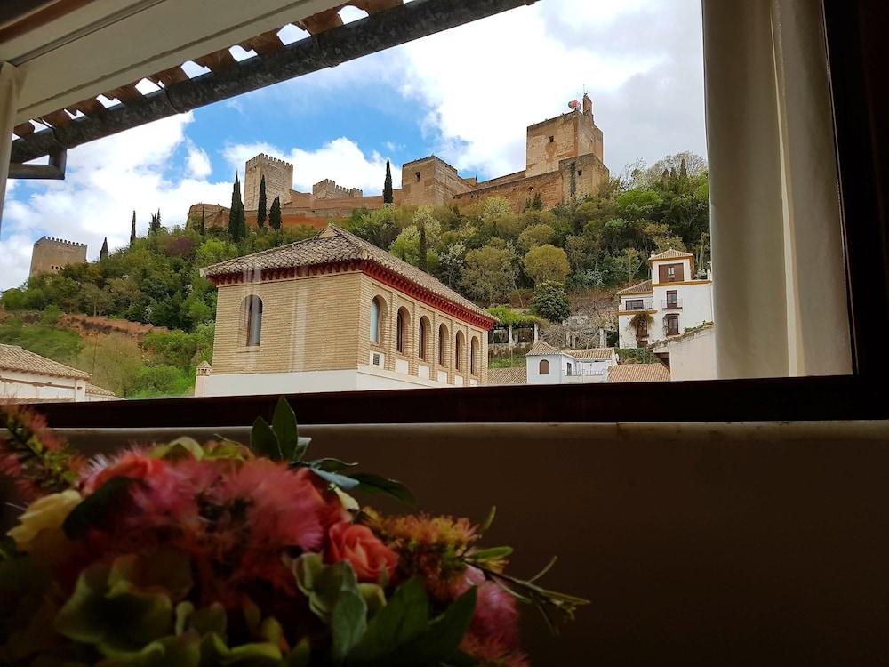 Palacio Cobertizo De Santa Ines In Granada Hotel Rates