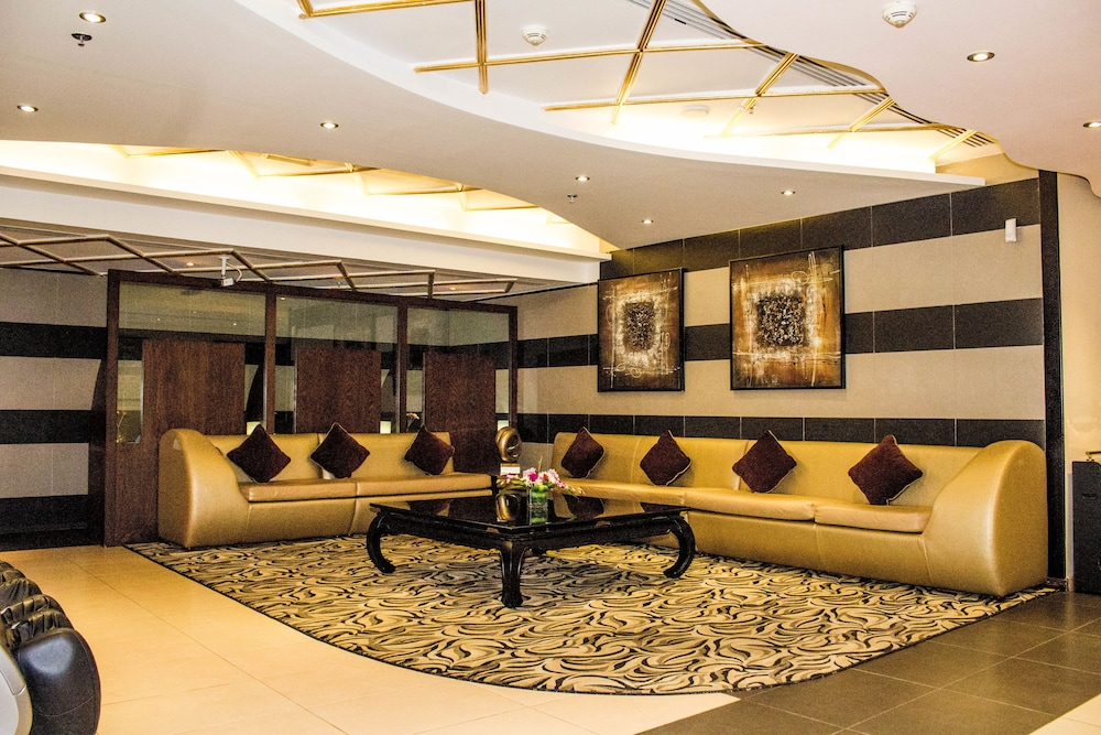 Al Waleed Palace Hotel Apartments Oud Metha 0 Out Of 5 Parking Featured Image Lobby