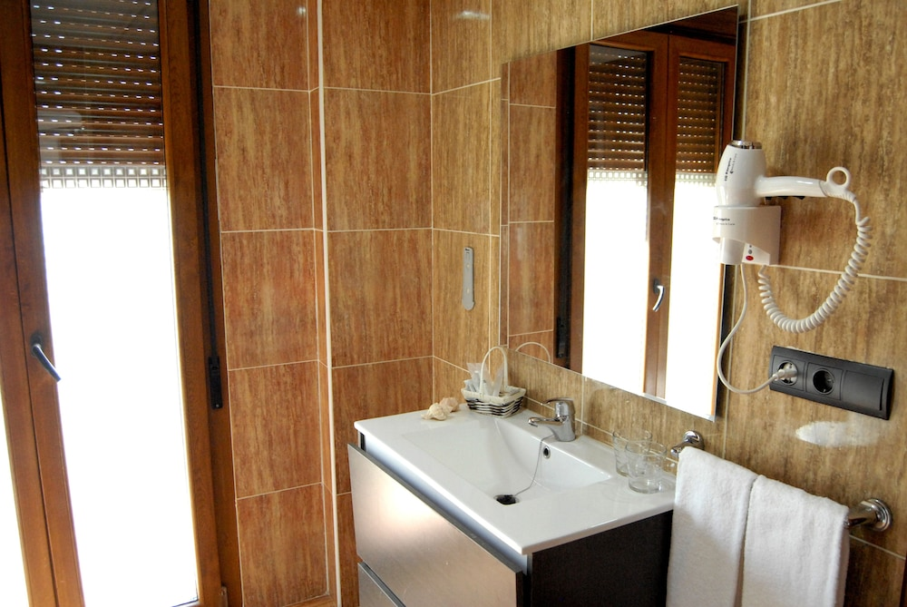 Bathroom, Hotel Pinomar