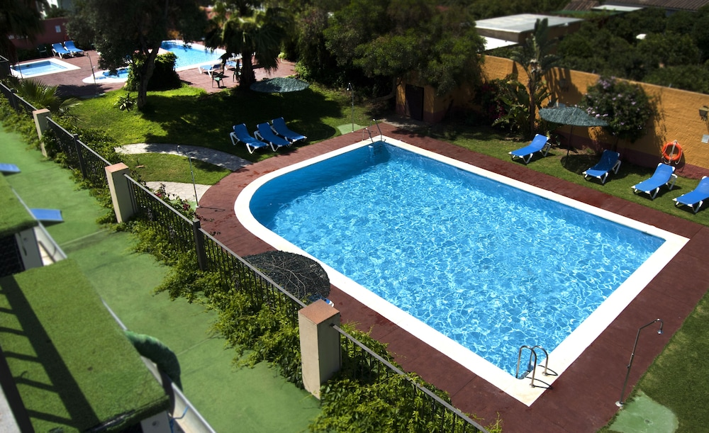 Outdoor Pool, Hotel Pinomar