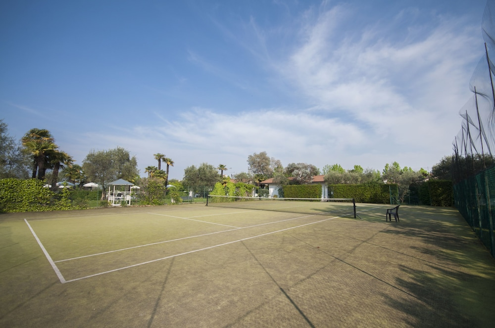 Tennis Court, Villa Maria Apartments
