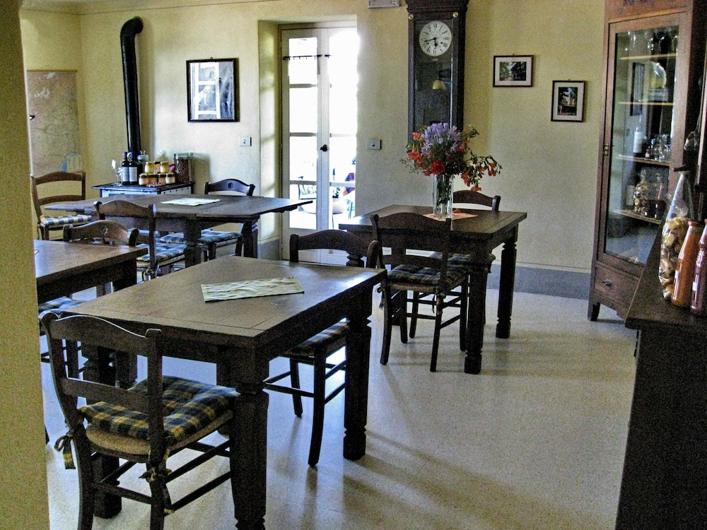 Dining, Cascina Ponchietta