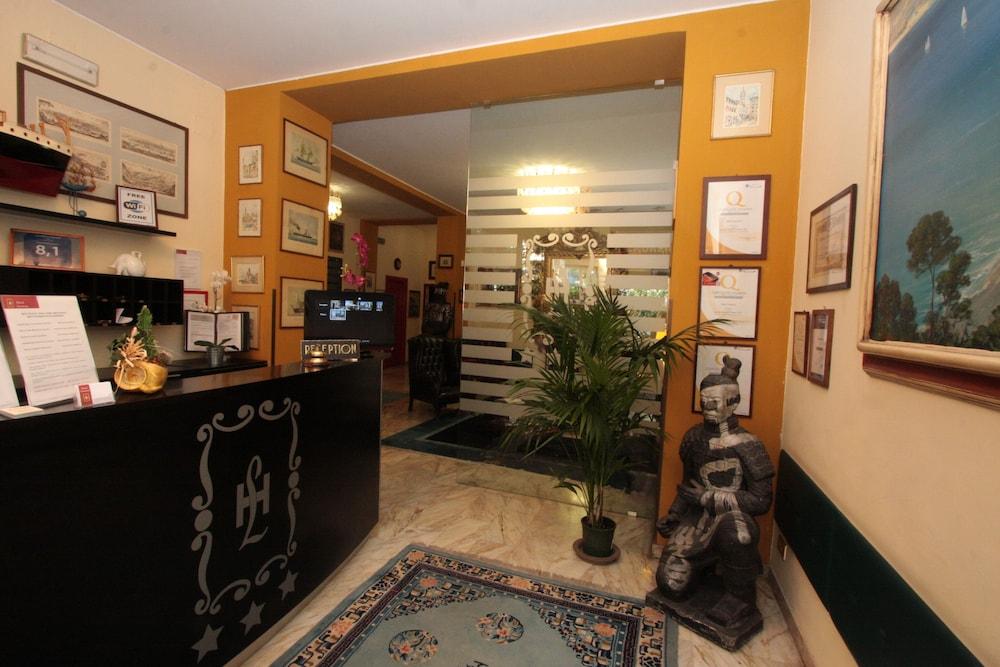 Ufficio Passaporti Genova Nervi : Hotel laurens genova italia expedia