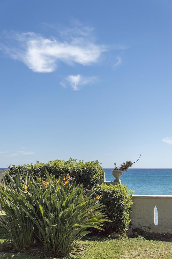 Book B&B La Terrazza sul Mare | Avola Hotel Deals