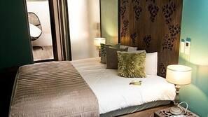 Coffre-forts dans les chambres, chambres insonorisées, Wi-Fi gratuit
