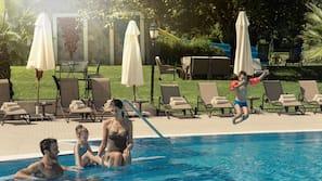 3 indoor pools, 5 outdoor pools