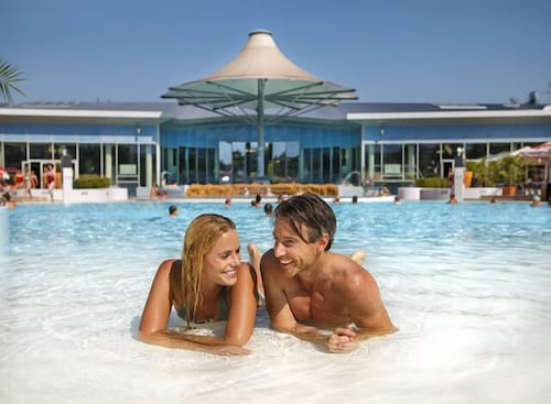 Outdoor Pool, Therme Laa Hotel & Silent Spa