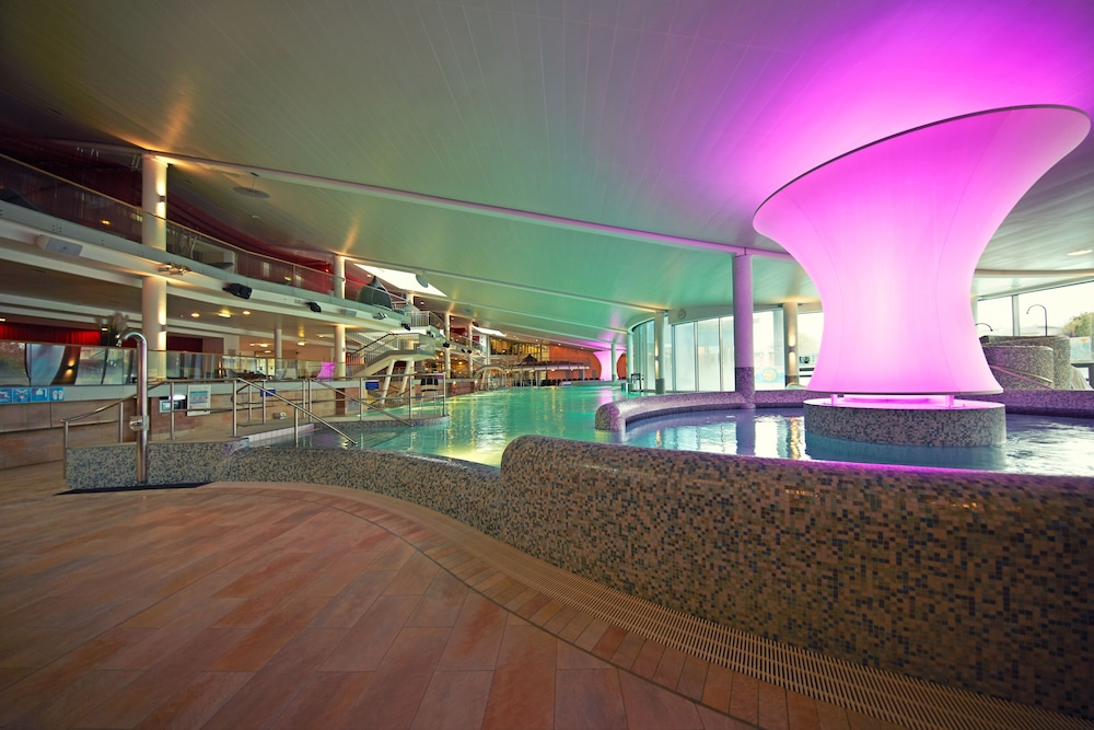 Pool, Therme Laa Hotel & Silent Spa