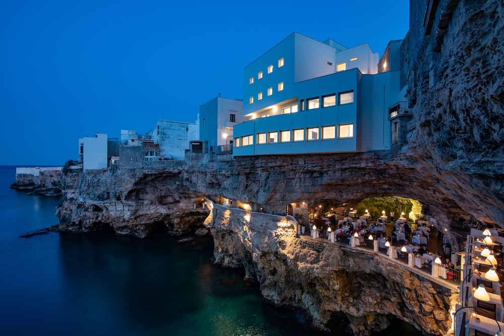 Featured Image, Grotta Palazzese