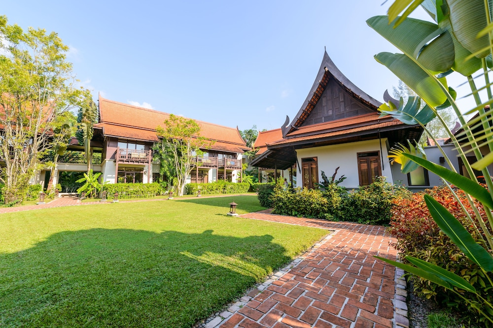 Property Grounds, Khaolak Bhandari Resort & Spa