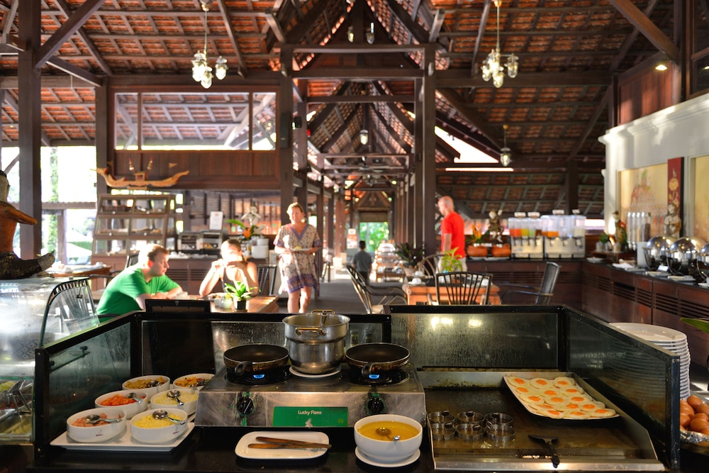 Breakfast Area, Khaolak Bhandari Resort & Spa