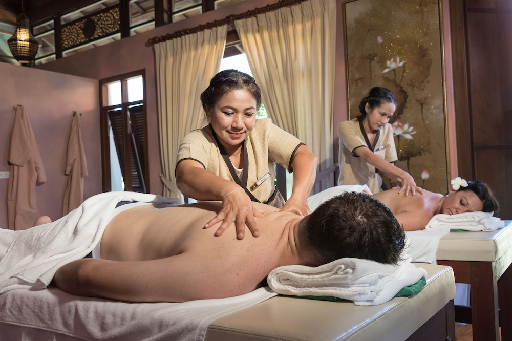 Massage, Khaolak Bhandari Resort & Spa