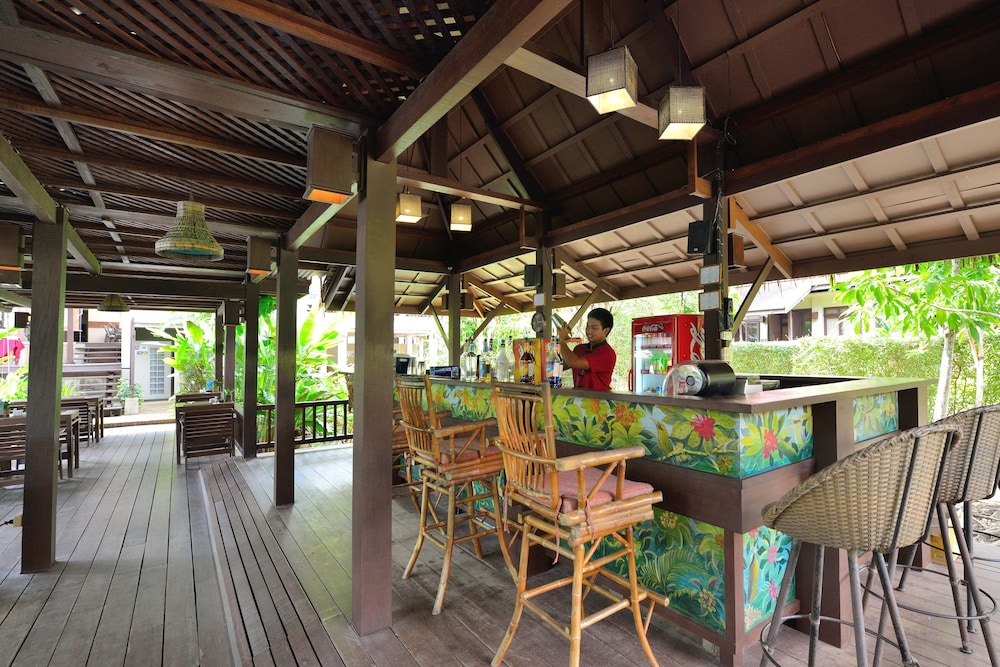 Poolside Bar, Khaolak Bhandari Resort & Spa