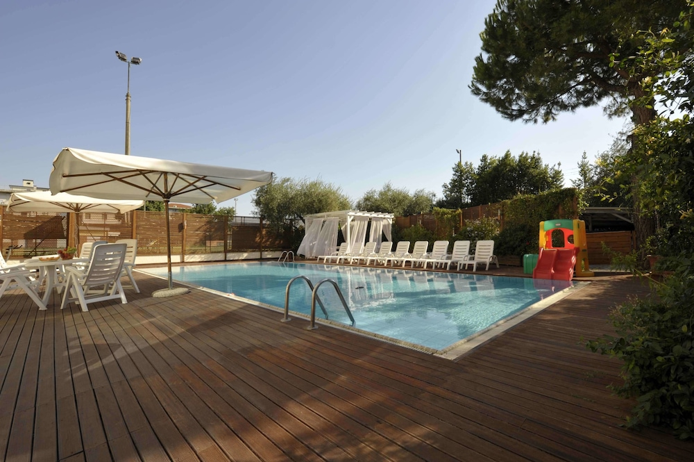 Bellariva Feeling Hotel Deals Reviews Rimini Italy Wotif