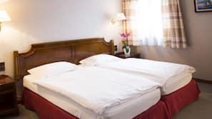 熨斗/熨衫板、免費嬰兒床