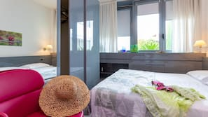 In-room safe, cots/infant beds, free WiFi, wheelchair access