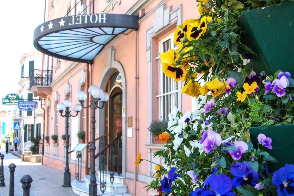 Bel Soggiorno (Sanremo) - 2018 Hotel Prices   Expedia