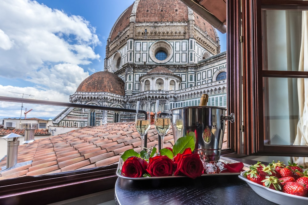 Featured Image, Hotel Duomo