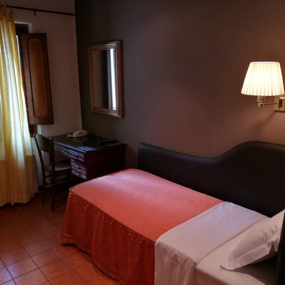 Hotel Fiorino Florence In Rates Reviews