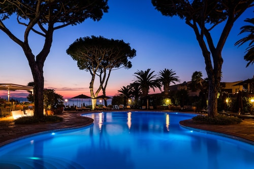 Baglioni Resort Cala del Porto - The Leading Hotels of the World