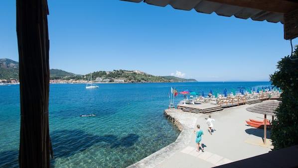 Spiaggia privata nelle vicinanze, lettini da mare, nautica/canottaggio
