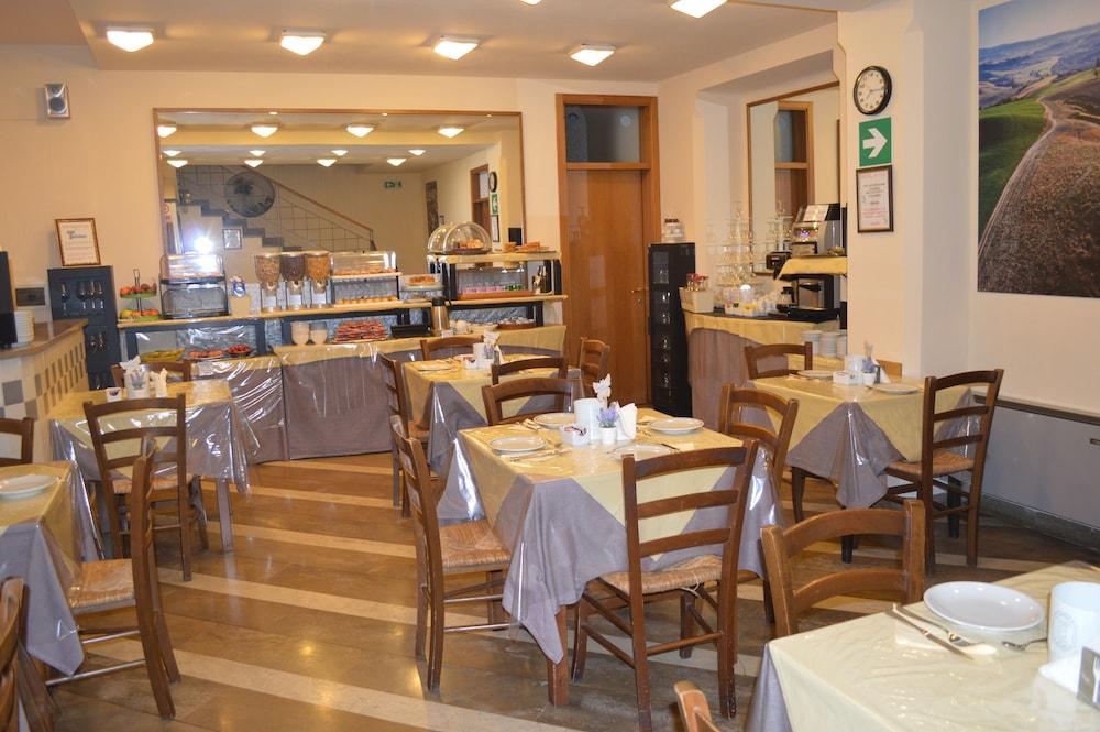 Hotel Porta Ai Tufi Siena