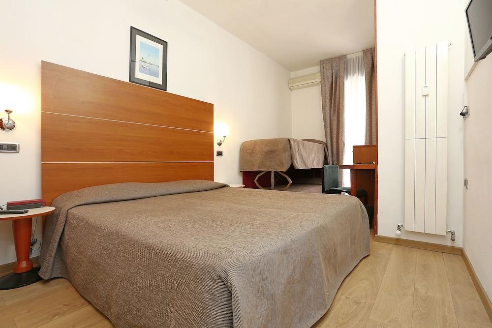 hotel corticella via stoppato bologna barb - photo#24