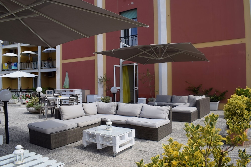 Terrace/Patio, Doria Hotel