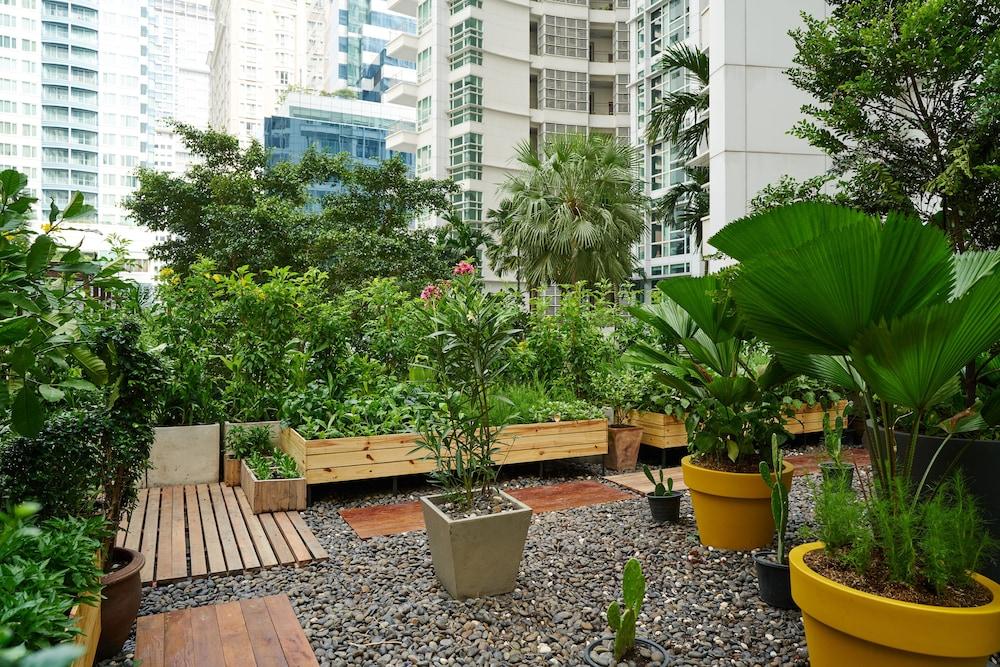 Anantara Baan Rajprasong Bangkok Serviced Suites Deals