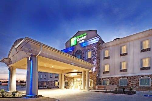 Great Place to stay Holiday Inn Express & Suites Cedar Hill near Cedar Hill
