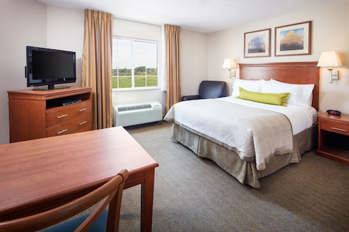 Check Expedia for Availability of Candlewood Suites Bellevue