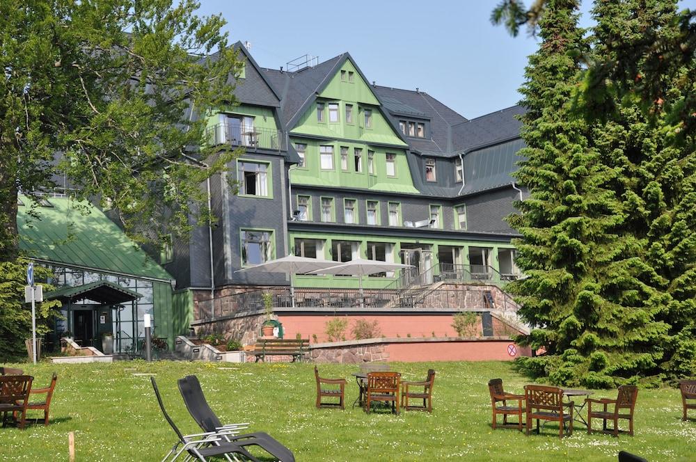 berg und jagdhotel gabelbach ilmenau 2018 reviews hotel booking. Black Bedroom Furniture Sets. Home Design Ideas