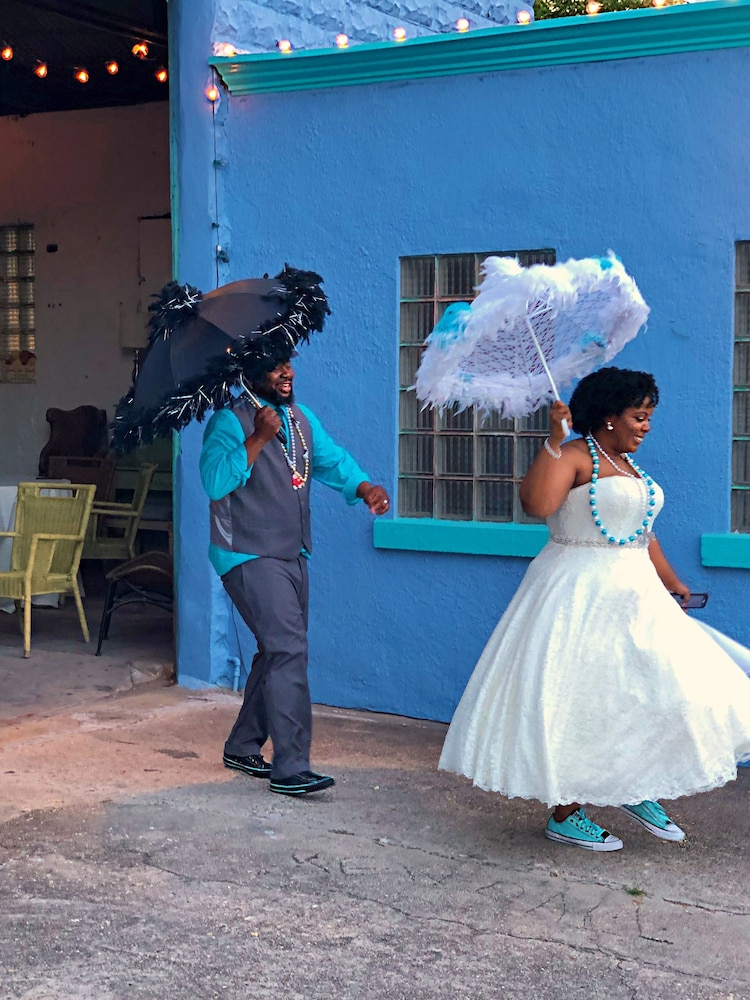 Indoor Wedding, Creole Gardens Guesthouse and Inn