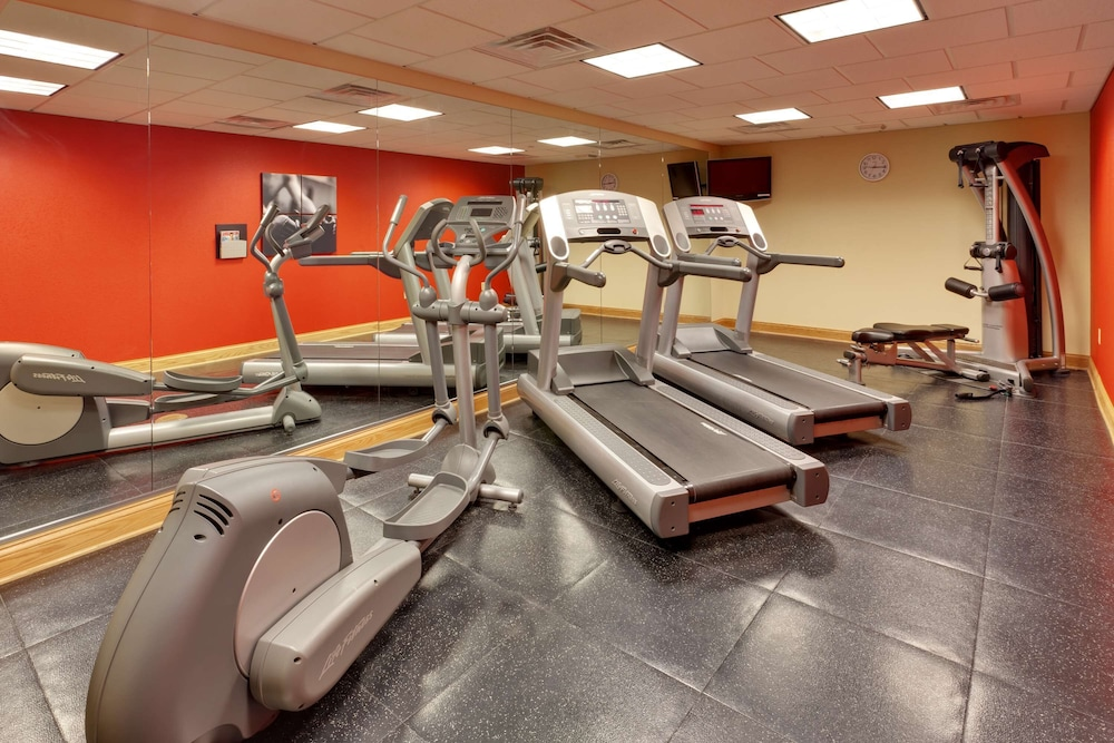 Fitness Facility, Country Inn & Suites by Radisson, Harrisburg at Union Deposit Road, PA