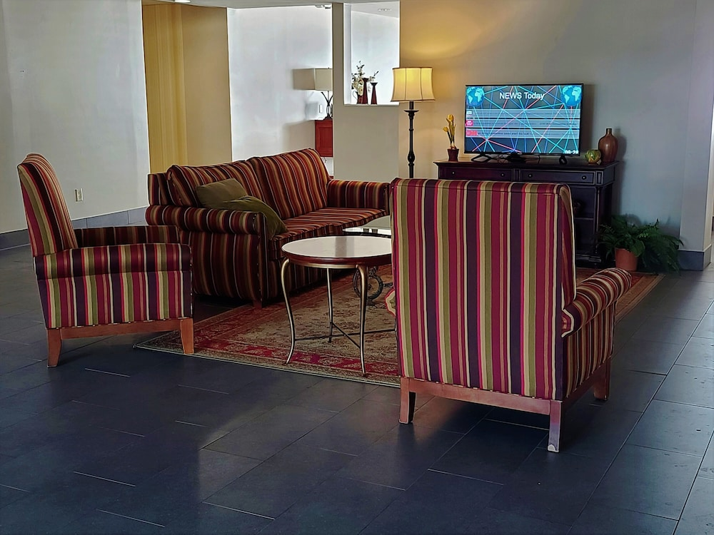 Lobby Sitting Area, Country Inn & Suites by Radisson, Harrisburg at Union Deposit Road, PA