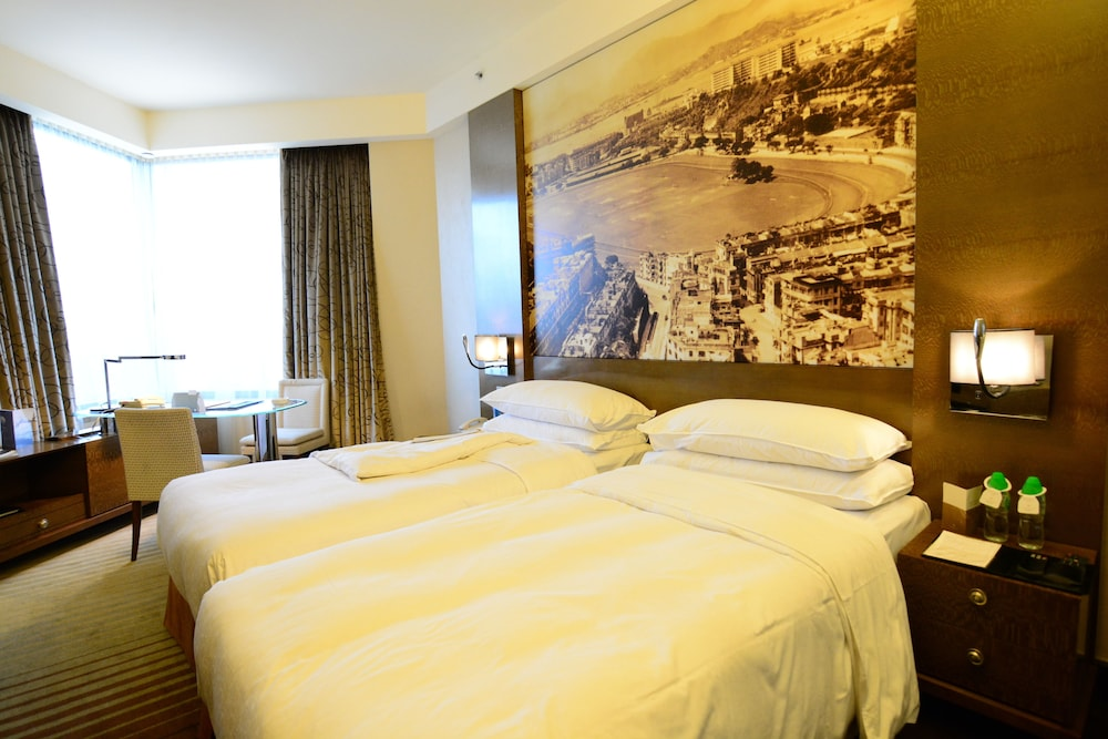 Room, Harbour Grand Hong Kong