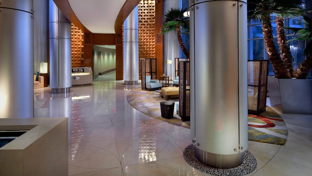 Awesome Bay Lake Tower At Disneys Contemporary Resort In Orlando Download Free Architecture Designs Scobabritishbridgeorg