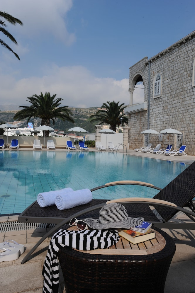 Outdoor Pool, Hotel Lapad