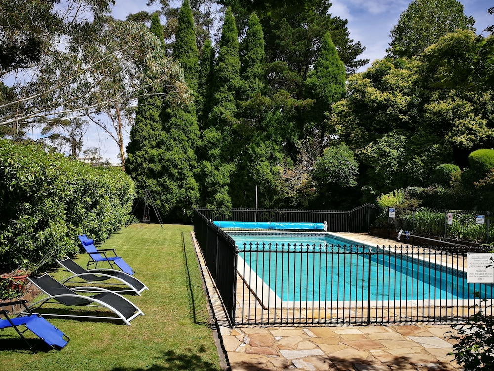 Outdoor Pool, Hotel Mountain Heritage - Blue Mountains